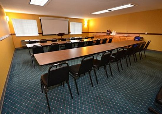 Comfort Inn Gallup : Meeting room with classroom-style set up