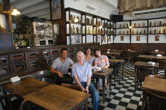BAnecdoTour: Abschied in San Telmo, im Café