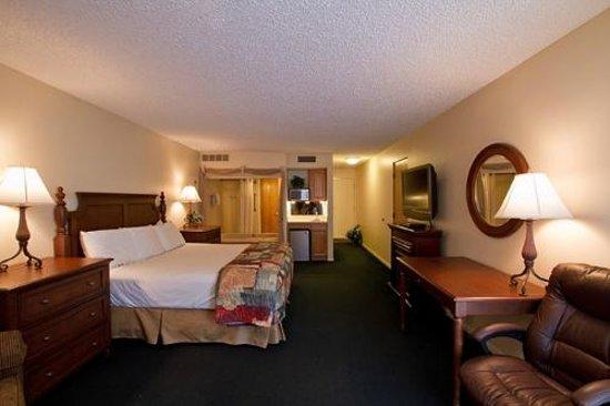 Weathervane Terrace Inn and Suites: Jacuzzi Room
