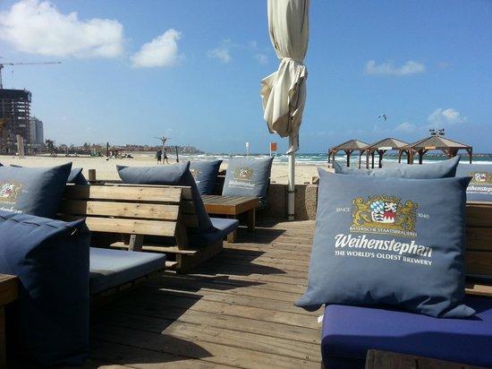 Golden Beach Hotel by Arcadia Hotels: Restaurant  plage ou l'ont peut profiter la journée de la plage et cocktail et un bon souper le 