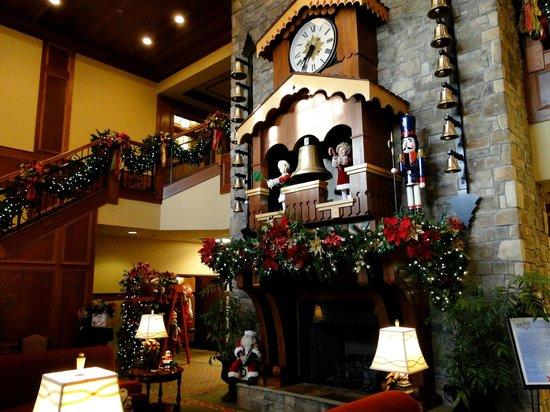 The Inn at Christmas Place : lobby