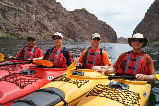 Evolution Expedition Kayak Tours - Day Tours : Black Canyon with Evolution Expeditions