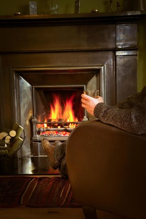 The Hollies: Relax By The Fire