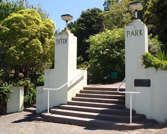 Tiffen Park Photo