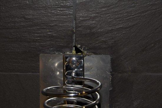 Hesperia Bilbao: aplique para colgar el secador