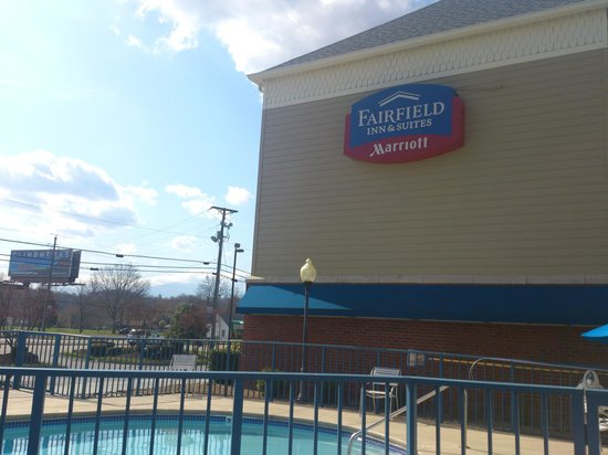 Fairfield Inn & Suites Pigeon Forge: A name I now trust!