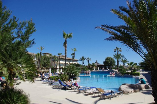 Eden Playa: Poollandschaft