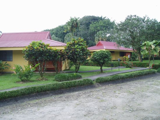 Arenal Country Inn: Hotel cabins