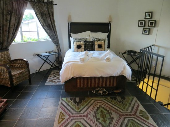 Rorke's Drift Lodge: room upstairs