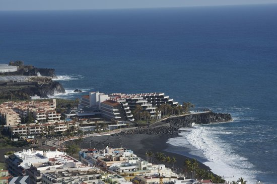 Hotel sol la palma and the promenade into puerto naos picture of sol la palma hotel by melia - Hotel sol puerto naos ...