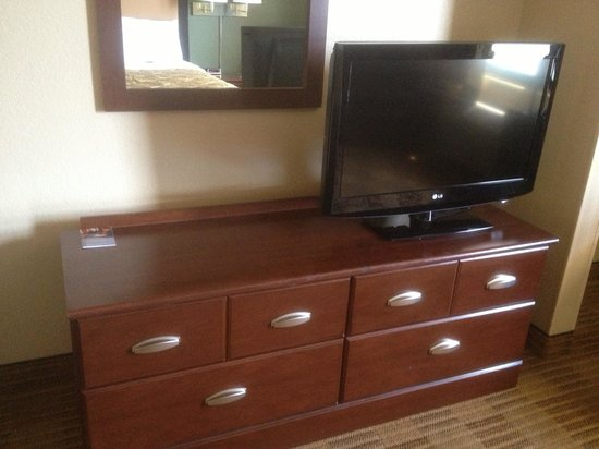 Extended Stay America - Austin - Southwest: TV