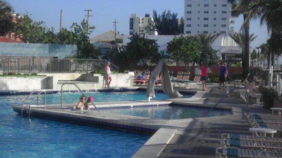 hollywood beach resort florida hotel reviews photos. Black Bedroom Furniture Sets. Home Design Ideas