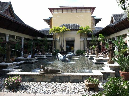 โลวส์รอยัลแปซิฟิกรีสอร์ท แอท ยูนิเวอร์แซล: Zen Garden