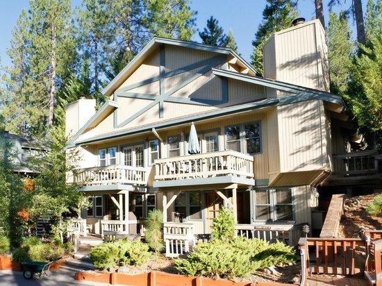 Mountain Retreat Resort, a VRI resort: Exterior of Units at the Mountain Retreat Resort