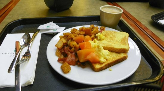 Embassy Suites by Hilton Baltimore BWI - Washington Intl. Airport: Breakfast