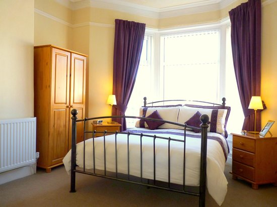 The Laurels Guest House: Premier Double en-suite room with separate sitting area