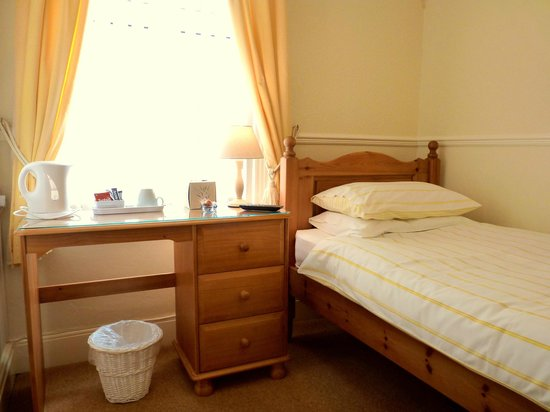 The Laurels Guest House: Single en-suite room