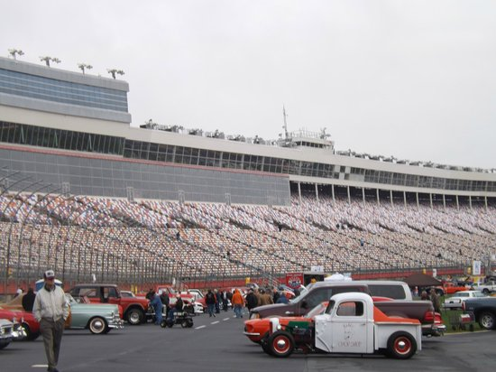 Food lion auto fair picture of charlotte motor speedway for Ride along charlotte motor speedway