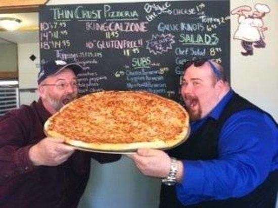 Thin Crust Pizzeria: 24 inch pizza challenge!