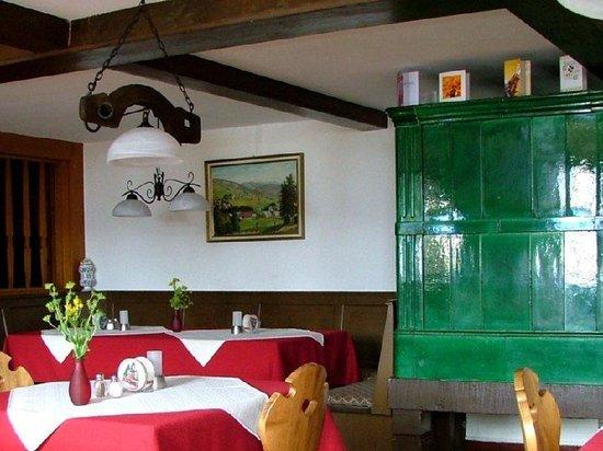 Akzent Hotel Landgasthof Adler: Restaurant View