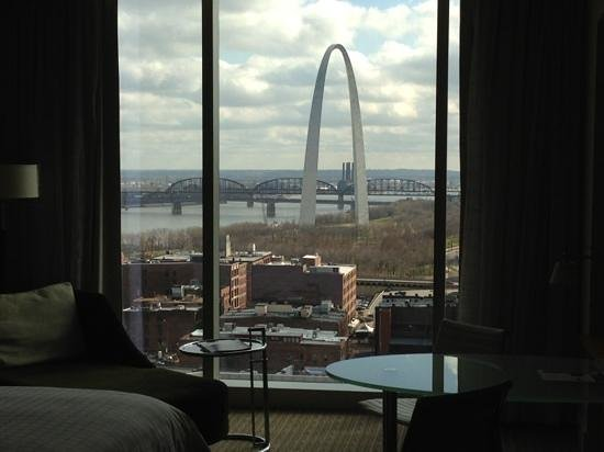 Four Seasons Hotel St. Louis: floor to ceiling windows make for great views.