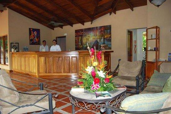 DoceLunas Hotel, Restaurant & Spa: Lobby View