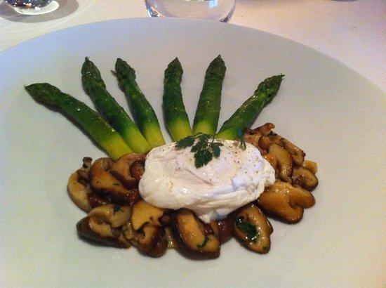 La Ferme Saint Simeon - Relais et Chateaux: plat végétarien