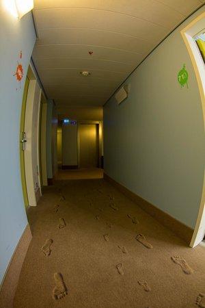 Ibis Styles Berlin Mitte: Hallway