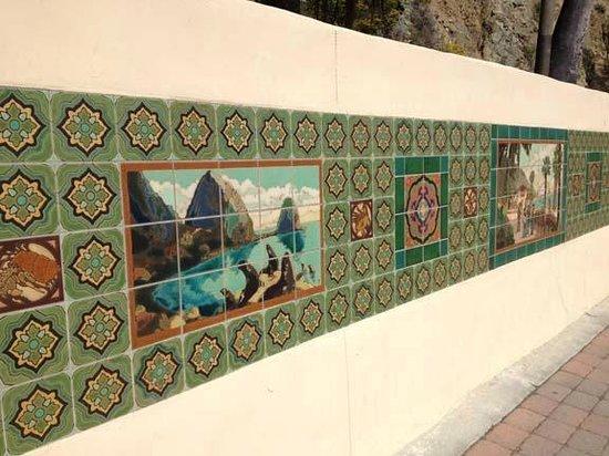 Catalina Island Visitors Bureau: Famous Catalina Island Tiles