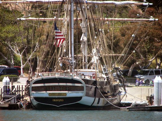 Dana Point, Kalifornien: One of the beautiful ships you might encounter.