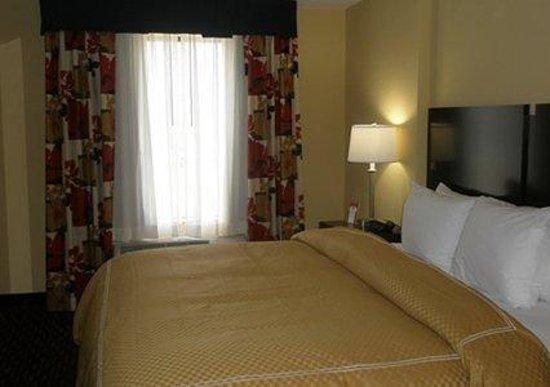 Comfort Suites Altoona: PAG