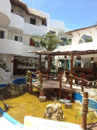 Koox Matan Ka'an Hotel: Vista entrada
