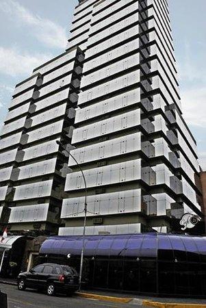 Thunderbird Hotel J. Pardo: Building