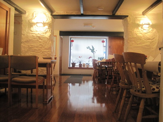 Four Oceans: Inside of restaurant