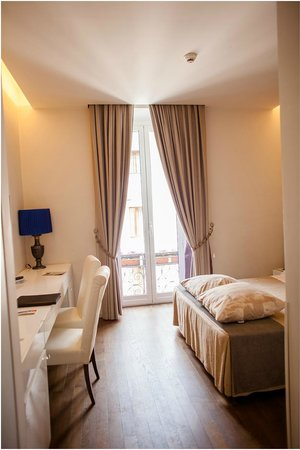 Roma Boutique Hotel: Room