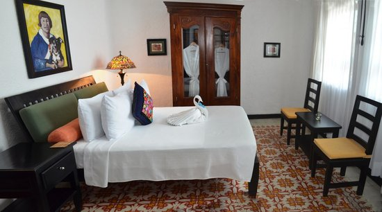 Casa Sirena Hotel: Room #3: Suite of two rooms with Queen bed and King bed