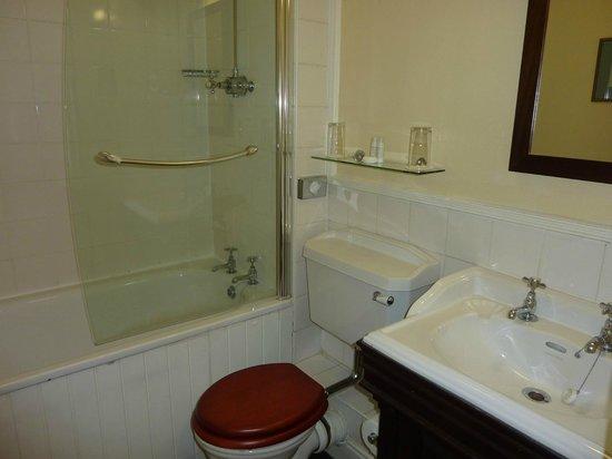 Etrop Grange: Bathroom