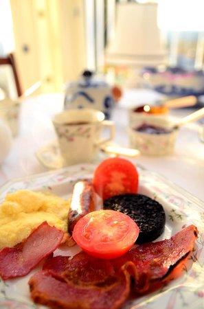 Drumorell: full Scottish breakfast