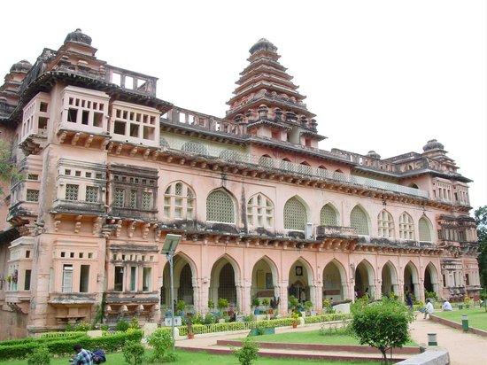 Andhra Pradesh Tourism Development Corporation Day Tours