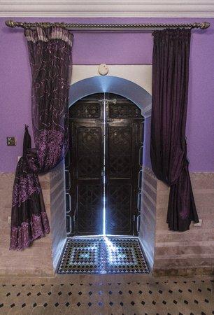 Riad El Mansour: Bedroom