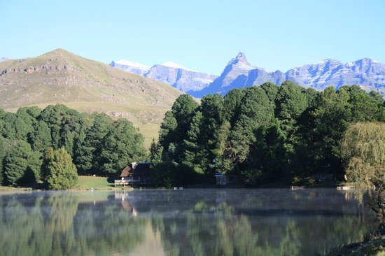 Lake Naverone Holiday Cottages : Lake Naverone - Snow on the mountains
