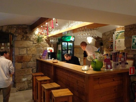 The Blue Beetroot Hotel: Bar