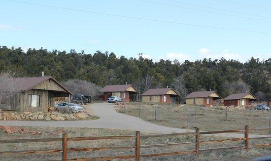 Zion Mountain Ranch: Mountain View Cabins