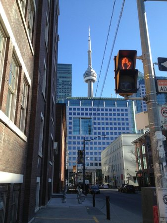 Hilton Garden Inn Toronto Downtown: Hotel located near CN tower