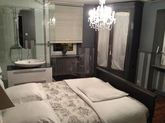 Les Terrasses du Lac: Trop jolie la chambre!!