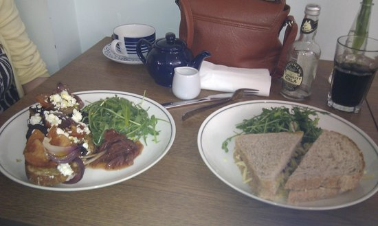 The White Lion Cafe : Lovely Lunch!