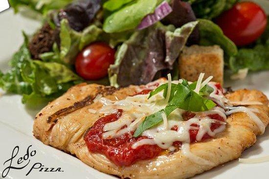 Ledo Pizza: SKINNY CHICKEN PARMESAN *UNDER 500 CAL.