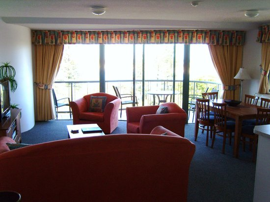 Waterview Resort: Main room