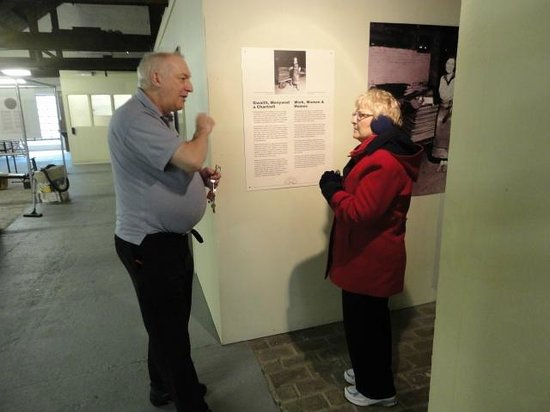 Kidwelly Industrial Museum: Malcolm explaining the tin plate process to Gloria