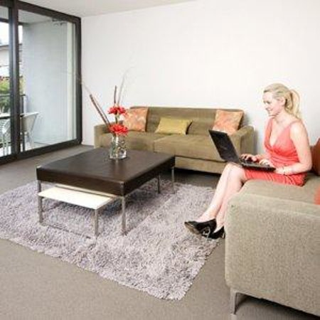 Quest Mount Maunganui : Living Room